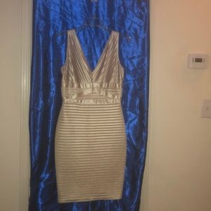 Calvin Clein Satin Stretch Body Dress size 4